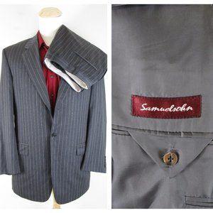 Samuelsohn Gray Pinstripe Wool 3/2 Roll Suit 44L